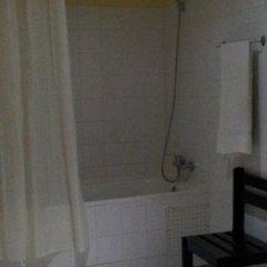 Отель Hôtel Les Tilleuls ванная