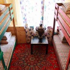 Хостел Trinity & Tours Кровать в общем номере с двухъярусной кроватью фото 13