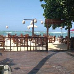 Отель Thaproban Beach House пляж фото 2