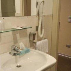 Отель Main Street Италия, Римини - отзывы, цены и фото номеров - забронировать отель Main Street онлайн ванная фото 3