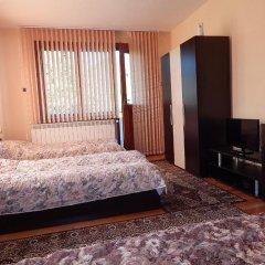 Апартаменты Natali Apartment комната для гостей