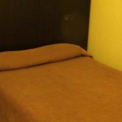 Отель Hostal Baires спа