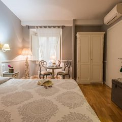 Отель B&B Emozioni Fiorentine 2* Стандартный номер с различными типами кроватей фото 25