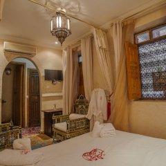 Отель Dar Ikalimo Marrakech 3* Стандартный номер с двуспальной кроватью
