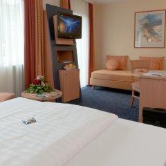 Favored Hotel Plaza 3* Стандартный номер с двуспальной кроватью фото 8