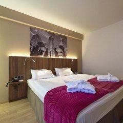 Отель Holiday Inn Schumann 3* Стандартный номер фото 8