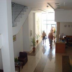 Отель Colosseum 2 Aparthotel Болгария, Солнечный берег - отзывы, цены и фото номеров - забронировать отель Colosseum 2 Aparthotel онлайн интерьер отеля