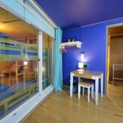 Отель Han River Guesthouse 2* Семейная студия с двуспальной кроватью фото 41