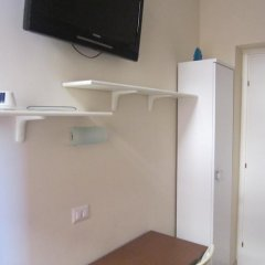 Отель Evergreen Стандартный номер с различными типами кроватей (общая ванная комната) фото 6