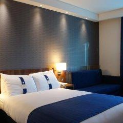 Отель Holiday Inn Express London Stratford 3* Стандартный номер с различными типами кроватей