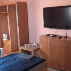 Hostel Lotniskowy сейф в номере