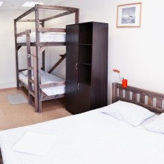KunakHouse - Hostel Стандартный семейный номер с двуспальной кроватью