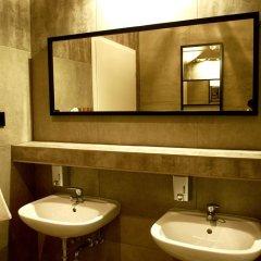 New World St. Hostel Варшава ванная