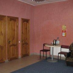 Гостиница Palmira Hostel Backpackers Украина, Каменец-Подольский - отзывы, цены и фото номеров - забронировать гостиницу Palmira Hostel Backpackers онлайн удобства в номере