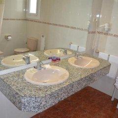 Отель Cuatro Naciones 2* Стандартный номер с различными типами кроватей фото 14
