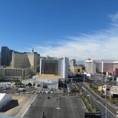 Отель Platinum Hotel and Spa США, Лас-Вегас - 8 отзывов об отеле, цены и фото номеров - забронировать отель Platinum Hotel and Spa онлайн парковка
