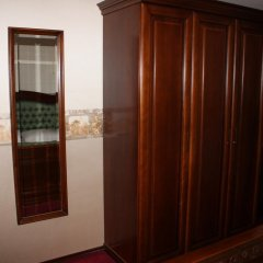 Hotel Grahor 4* Улучшенный номер с двуспальной кроватью фото 4