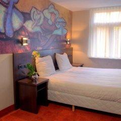 Hotel Van Gogh 3* Стандартный номер с 2 отдельными кроватями