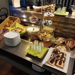 Best Hotel - Montsoult La Croix Verte питание
