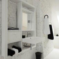Отель Maison Nationale City Flats & Suites 4* Люкс с различными типами кроватей фото 39