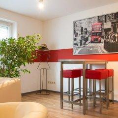 Отель A1 Hostel Nürnberg Германия, Нюрнберг - 1 отзыв об отеле, цены и фото номеров - забронировать отель A1 Hostel Nürnberg онлайн гостиничный бар