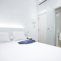 Отель Som Nit Born Стандартный номер с различными типами кроватей фото 3