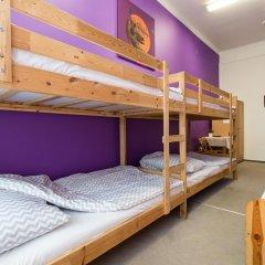 Moon Hostel Кровать в общем номере с двухъярусной кроватью фото 2