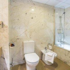 Отель & Spa Terraza Испания, Курорт Росес - 1 отзыв об отеле, цены и фото номеров - забронировать отель & Spa Terraza онлайн ванная фото 2