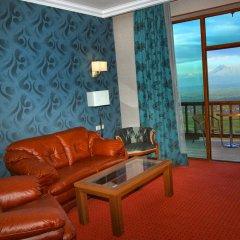 Amberd Hotel 3* Семейный номер Делюкс разные типы кроватей фото 2