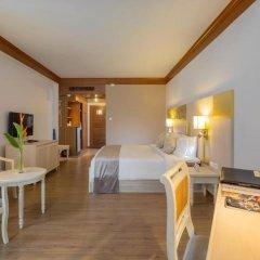 Отель Best Western Premier Bangtao Beach Resort & Spa 4* Номер Делюкс двуспальная кровать