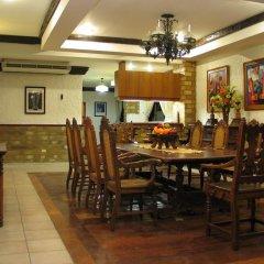 Отель Crown Regency Residences - Cebu питание фото 2
