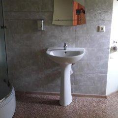 Гостиница Zoriana ванная фото 2