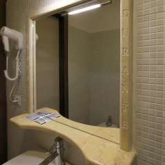Lux Hotel Durante 2* Стандартный номер с различными типами кроватей фото 34