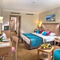 Отель Crystal Kemer Deluxe Resort And Spa 5* Стандартный семейный номер