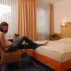 Hotel Amba 3* Стандартный номер фото 17
