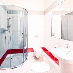 Отель Melody Hostel Польша, Познань - отзывы, цены и фото номеров - забронировать отель Melody Hostel онлайн ванная