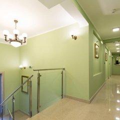 Hotel Sterling Garni интерьер отеля