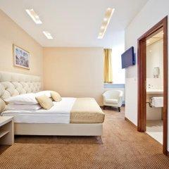 Hotel Central 3* Улучшенный номер с двуспальной кроватью фото 4