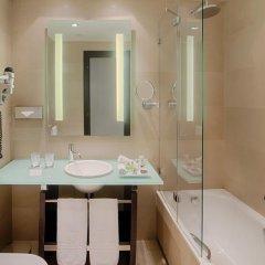 Отель NH Collection Milano President 5* Улучшенный номер с двуспальной кроватью фото 3