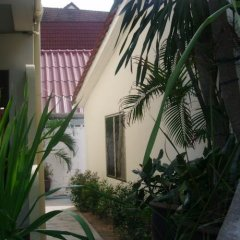 Patong Peace Hostel фото 9