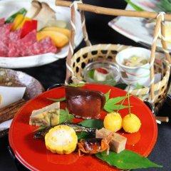 Отель Tobise Onsen Tenga Sanso Минамиогуни питание