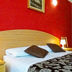 Отель La Campanella Guesthouse 3* Стандартный номер с двуспальной кроватью (общая ванная комната)