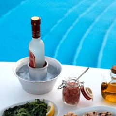 Отель Olia Hotel Греция, Турлос - 1 отзыв об отеле, цены и фото номеров - забронировать отель Olia Hotel онлайн спа