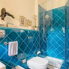 Отель Palazzo Trevi Charming House Италия, Болонья - отзывы, цены и фото номеров - забронировать отель Palazzo Trevi Charming House онлайн ванная фото 3