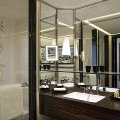 Prince de Galles, a Luxury Collection hotel, Paris 5* Номер категории Эконом с различными типами кроватей