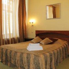 Гостиница Ист-Вест 4* Стандартный номер с двуспальной кроватью фото 4
