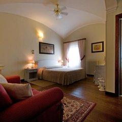 Отель Tenuta Decimo - Villa Dini Италия, Сан-Джиминьяно - отзывы, цены и фото номеров - забронировать отель Tenuta Decimo - Villa Dini онлайн комната для гостей фото 4