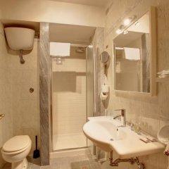 Отель Collodi 2* Стандартный номер с двуспальной кроватью фото 10