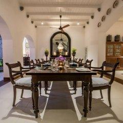 Отель Taru Villas - Lighthouse Street Шри-Ланка, Галле - отзывы, цены и фото номеров - забронировать отель Taru Villas - Lighthouse Street онлайн питание