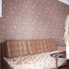 Апартаменты Inndays на Демонстрации комната для гостей фото 2